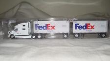 Tonkin Trucks N Stuff 8721 HO Volvo Sleeper Cab w/2-28' Trailers FedEx Freight