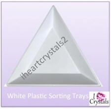White Plastic Triangle Sorting Tray Crystals Flatback Rhinestones Chatons Nails