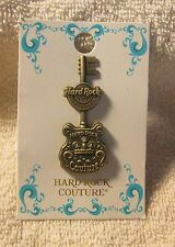 Hard Rock Cafe Pin Foxwoods 3D Antique Couture Guitar (71708)
