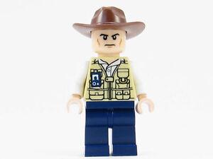 LEGO Jurassic World Vet Veterinarian Minifigure 75918 Park Ranger