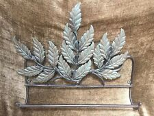 Decorative Green Metal Leaves Wall Hanging Towel Rack 18x15� For Home Bath