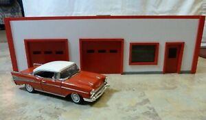 NEW ITEM-Custom Made Model Garage/Gas Station/Store/Office 1:18 model Diorama