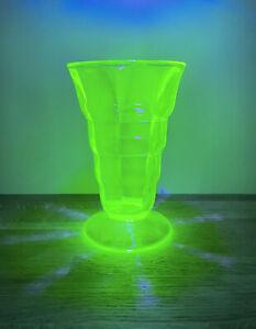 Vintage Uranium Glass Vase | Art Deco | Retro | 1930's | Vaseline Glass