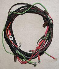 IH Farmall Cub 1959-1964 & Lo-Boy #371032R91 with Spade Headlight Connectors