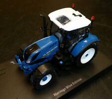 UNIVERSAL HOBBIES 1/32ND NEW HOLLAND T6.180 HERITAGE BLUE EDITION