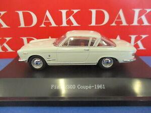 Die cast 1/43 Modellino Auto Fiat 2300 Coupe bianca 1961 by Starline