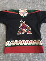 Vintage 90s Phoenix Coyotes CCM NHL Hockey Jersey Youth Size Large/X-Large