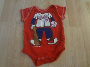 Infant/Baby Chicago Cubs 0/3 Mo Creeper One-Piece Player (Red)