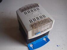 Transformateur LEGRAND 42430 In 230/400 VAC Out 115 VAC1000VA