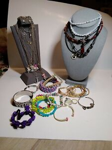 lot of 37, 20 braclets /12 necklaces Pieces Children's/Young Adult's Jewelry