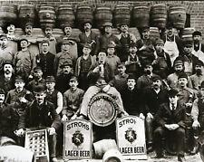 Strohs Beer Stroh Brewery Workers Detroit MI Beer Barrels Old Signs Beer Mugs