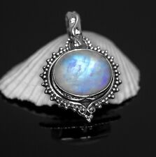 Beautiful 925 Sterling Silver Moonstone Gemstone Necklace Pendant Gift Boxed