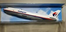 CMD MODELS MALAYSIA AIRLINES 747-400 1:250 SCALE PLASTIC SNAPFIT MODEL