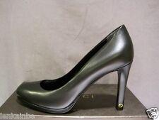 Gucci Paulette Black Leather Classic Pumps Shoes Heels 39.5 9.5 $540
