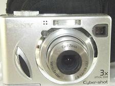 Sony Cyber-Shot Digital Still Camera 7.2 Megapixel DSC-W7, Silver, carry case