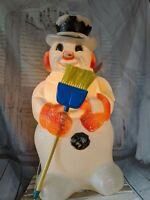 vintage poloron snowman shovel broom blow mold Xmas decor lawn