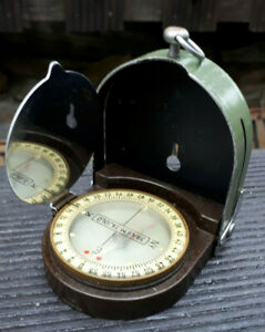 sehr alter armee militär kompass metall 50er 60er jahre ?