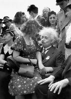 """Photographie,  """"Albert Einstein"""", Long Island, 1939      /      13 x 18 cm"""