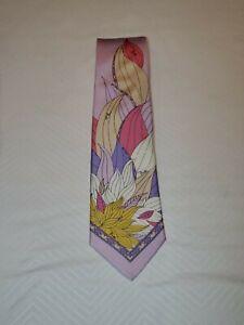 Beautiful Emilio Pucci Firenze Neck Tie. Light Lavender. 100% Silk.