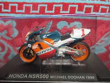 Moto Honda NSR 500 MICHAEL DOOHAN 1998 au 1/24eme.
