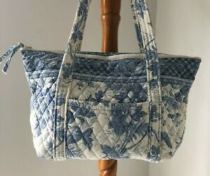 VERA BRADLEY PADDY BAG/PURSE BLUE TOILE RETIRED EXCELLENT CONDITION