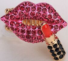 Rose Pink Lips w/ Lipstick Stretch Ring Crystal Fashion Valentine's Gift RD50
