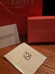 James Avery Retired Sterling Silver Floating Dove Pendant