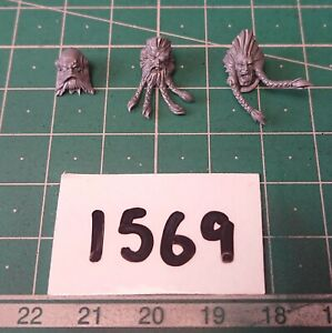Space Wolves / Wolf Flat Based Heads x 3 - Warhammer 40k Conversion Bits