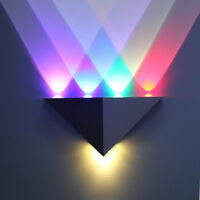 RGB LED Wandlampe Waschtischleuchte Spot dreieckig Bunt Wohnzimmer Flur Diele