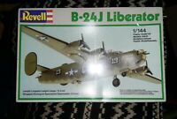 Revell B-24J Liberator 1/44 Model Kit BNIB 1983 Model Rare ☆