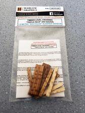 Timber Level Crossing Triple Pack (HO) Pack LRB-HO-02R