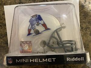 New England Patriots Throwback Riddell VSR4 Mini Helmet 1965-1981 - MINT! NEW!!