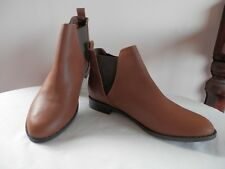 RED HERRING   TAN    CHELSEA BOOTS   SIZE 6      NEW