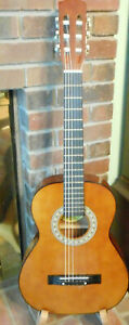 Global Acoustic  Guitar Great Condition Orig Label New Strings & Tuned W/Case