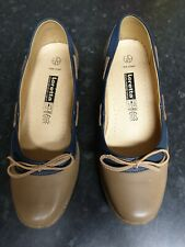 Ladies Loretta Leather Taupe Slip on Shoes Size 8.