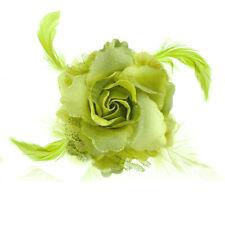 Broche chouchou ou pince cheveux plumes soirée cérémonie fêtes Vert vert clair