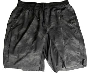 mens lululemon shorts xxl Camo Black