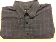 Van Heusen Mens Size L Button-Down Shirt- Blue and White