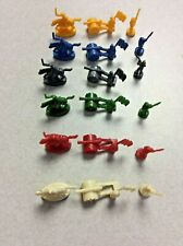 2010 RISK BOARD GAME - REPLACEMENT ARMY PIECES / GOLD CAVALRY OFFICER