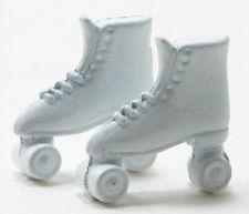 Miniature Dollhouse White Roller Skates 1:12 Scale New