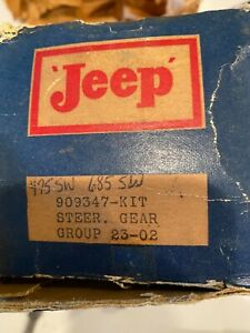 Willys/Jeep NOS  Steering Box Shaft with Seal  #909347 (Missing Bushings)