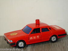 Nissan Cedric Fire Chief van Sakura Japan 1:43 *6150