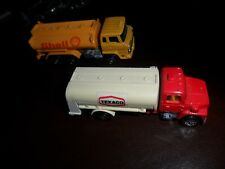 2 LOT TOMY POCKET CAR TOMICA HINO TRUCK SHELL 1/102 & 1/95 TEXACO FORD F62 JAPAN