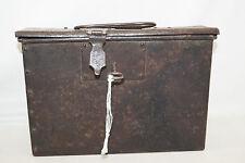 Geldkassette Box Uralt mit Schloss und Tragegriff Handarbeit Dokumenten Box