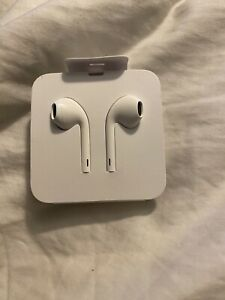 NEW-Apple EarPods with Lightning connector 🍎