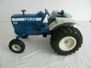 Vintage 1970s Ertl Die-Cast 1/12 Scale Blue Ford 8600 Farm Tractor VG