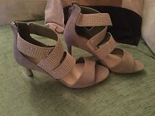 MARKS AND SPENCER COLLECTION LADIES NEUTRAL SANDALS SIZE 3 1/2 NEW