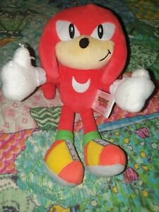 Tomy Classic Knuckles Plush