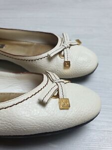 Louis Vuitton Ballet Flats Leather Size 35 1/2