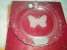 <><  Goebel 1979 first edition Mothers Day crystal plate etched butterfly